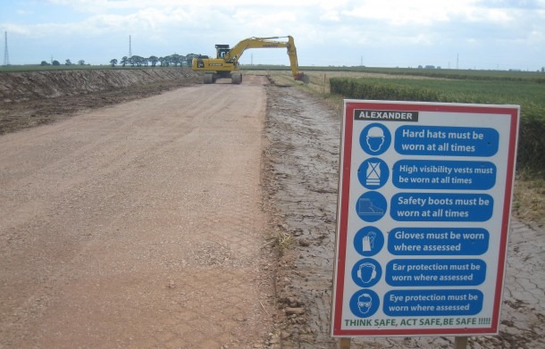 The-Grange-Wind-Farm-Road-construction-610x391